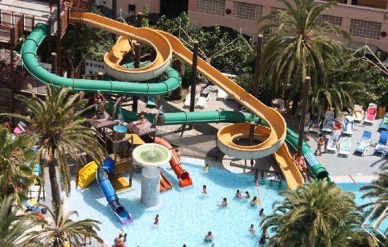 Hoteles con toboganes en granada for Hoteles en granada con piscina climatizada