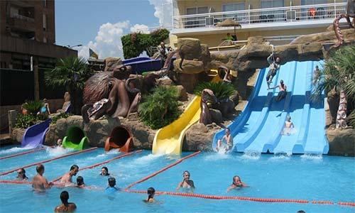 Hoteles con toboganes en lloret de mar costa brava for Hoteles en lloret de mar con piscina climatizada