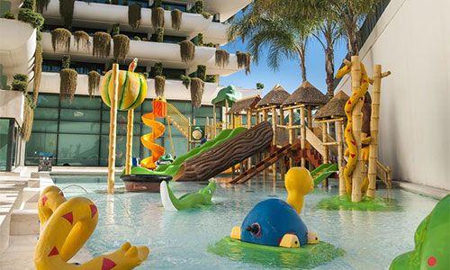 Hoteles con toboganes en benidorm los 9 mejores hoteles - Hoteles con piscina cubierta en benidorm ...