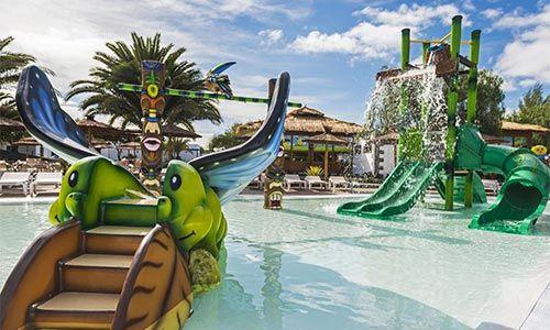 Los 16 mejores con toboganes lanzarote for Hoteles en portonovo con piscina