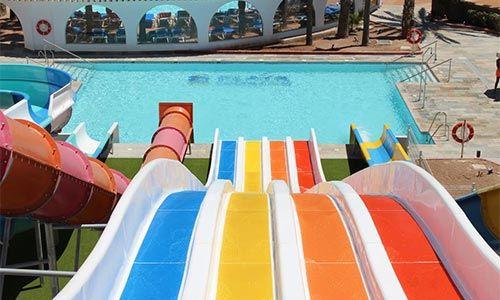 hoteles con toboganes en roquetas de Mar