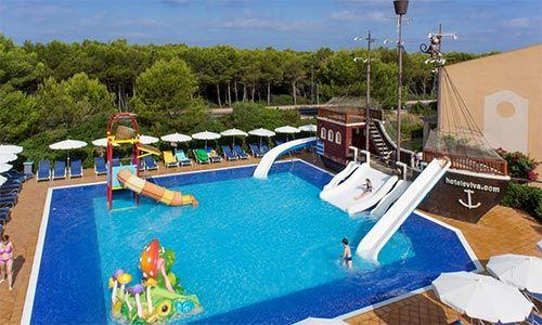 Hoteles con toboganes en cala 39 n bosch hoteles con parque - Parque acuatico menorca ...