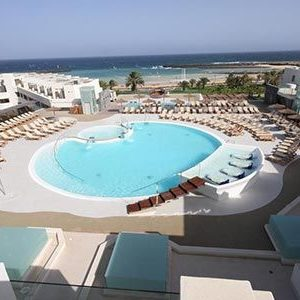 hd beach resort lanzarote